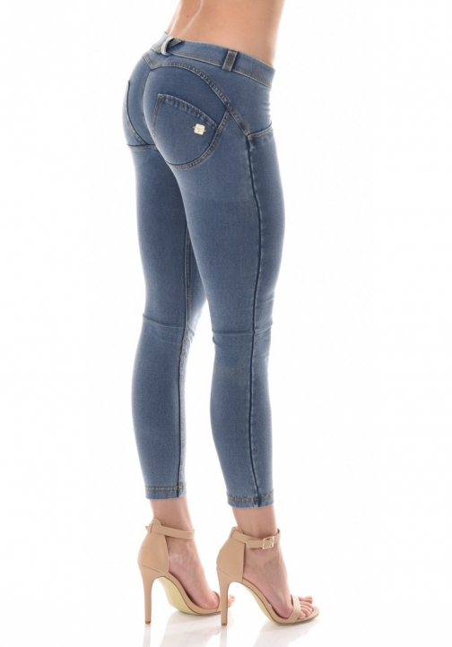 WR.UP® Denim Shaping Effect - Low Waist Ankle Length