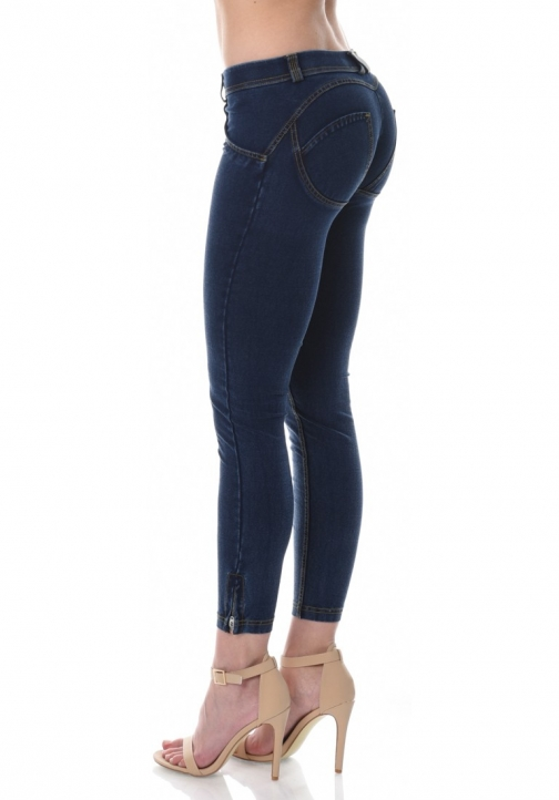 WR.UP® Denim Shaping Effect - Low Waist Ankle Length Zip